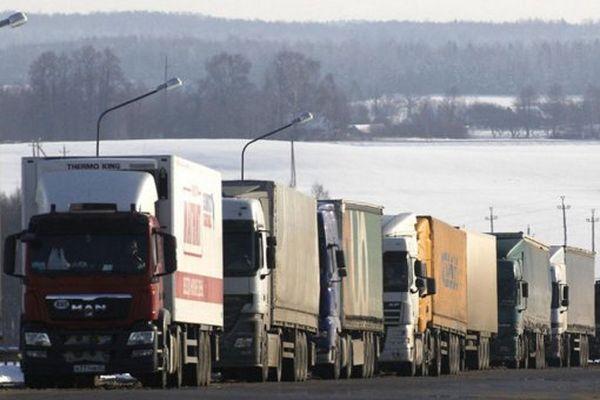Россия запретила транзит украинских грузовиков по своей территории