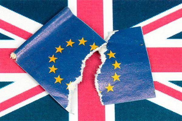 Выход Великобритании из Евросоюза обойдётся каждой английской семье в 6 тысяч долларов