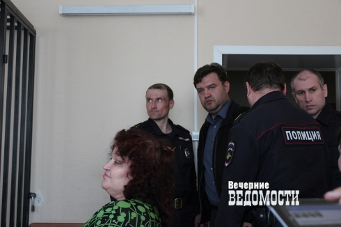 Процесс о взятках топ-полицейских Зауралья начался со скандала