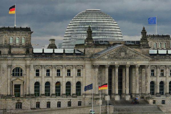 Германия вопреки протестам Анкары признала убийство армян вТурции геноцидом