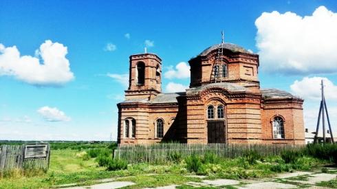 Где колхоз, а где бесхоз? Богородице-Рождественская церковь села Рычково