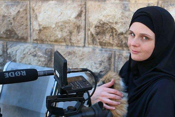 ВТурции задержали журналистку изСША, интервьюировавшую вСирии боевиков