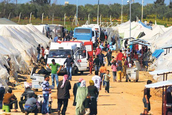 EC будет платить по €30 вмесяц беженцам вТурции