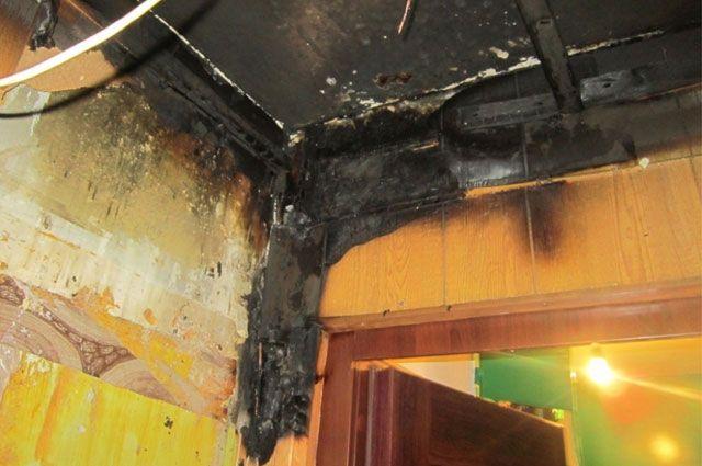 Из-за пожара многоэтажку наЖБИ залило кипятком