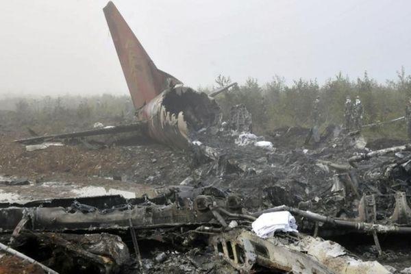 От 6-ти до 10-ти человек выжили при крушении самолета вКолумбии