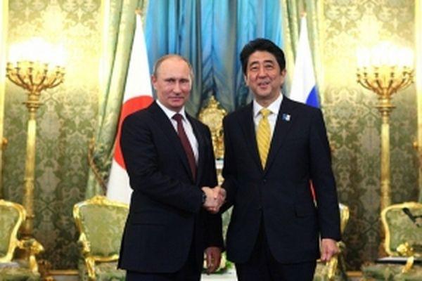 Встречу В. Путина иАбэ вНагато перенесли на позже время