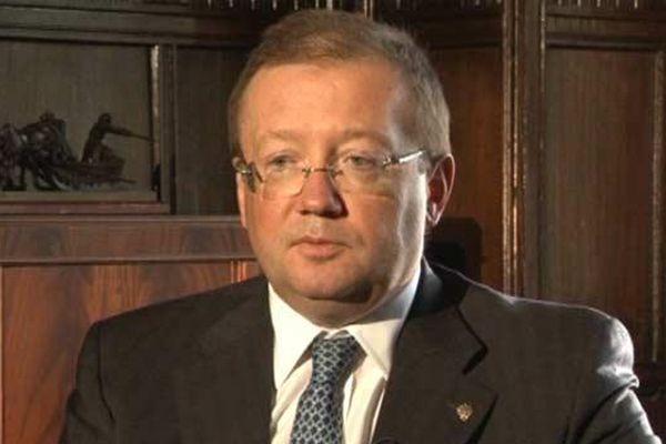 ПосолРФ пояснил главе МИД Великобритании смысл эвакуации боевиков изАлеппо