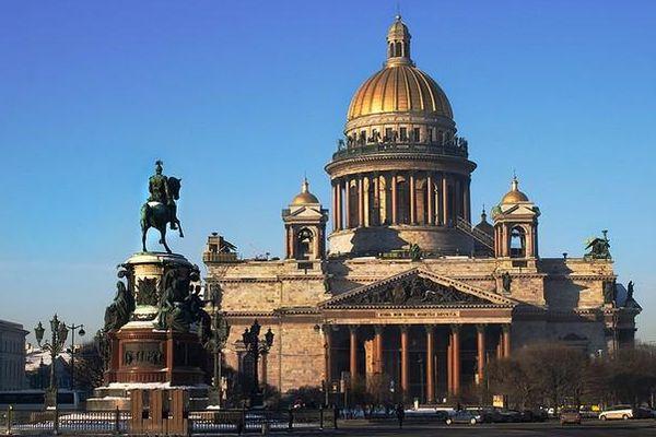 Смольный опроверг передачу Исаакиевского храма всобственность РПЦ