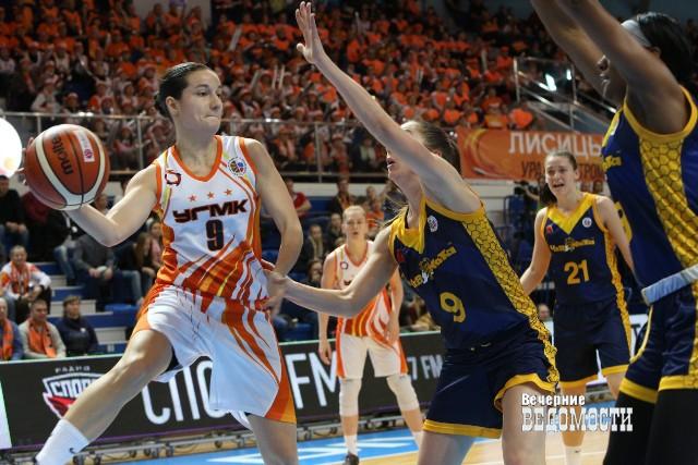 Баскетболистки УГМК разгромили «Вологду-Чевакату» вматче чемпионата Российской Федерации