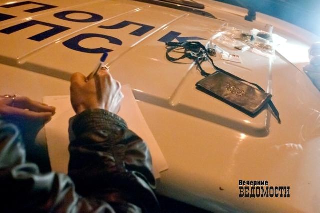 ВАртёмовском автомобиль ВАЗ наехал насанки сребёнком