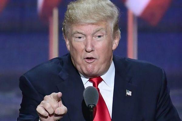 Белый дом запретил своим представителям выступать на телеканале CNN