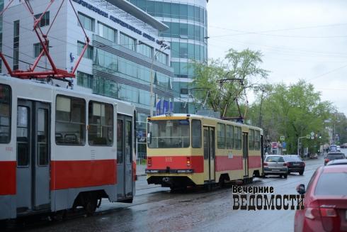 Вечерние слухи. О переносе транспортной реформы и помойках ОНФ