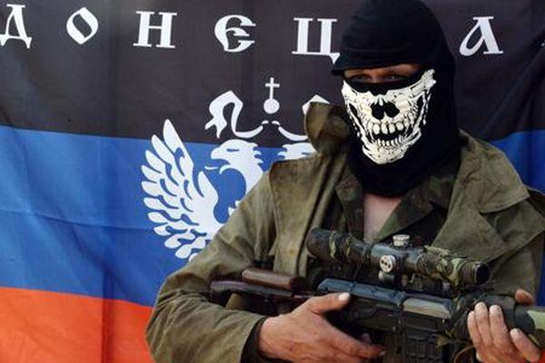 Большинство граждан РФвыступают за продление гуманитарной помощи Донбассу