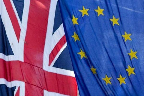 ЕСвыставит Англии «здоровенный счет» перед еевыходом изсообщества— Юнкер
