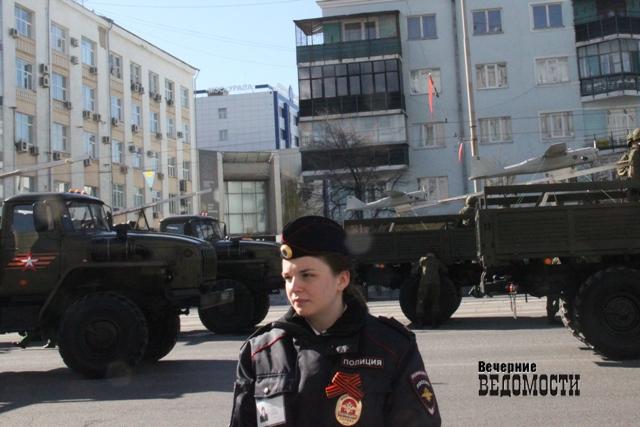 Екатеринбург встряхнет отгусениц имаршей: график репетиций парада Победы