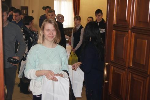 В Екатеринбурге собрались талантливые ученики, мечтающие поступить в МГУ