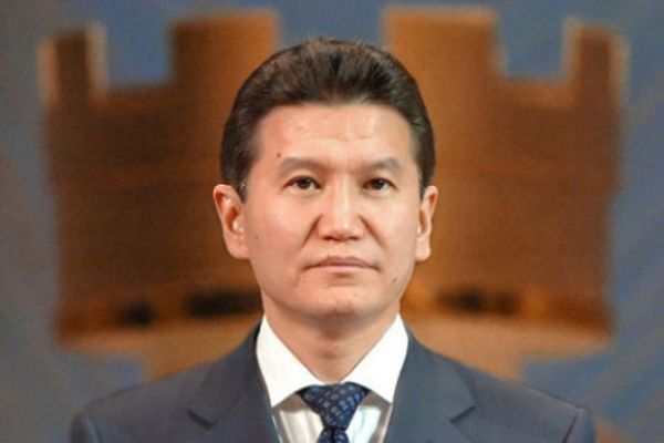 Илюмжинов принял окончательное решение переизбираться напост президента ФИДЕ