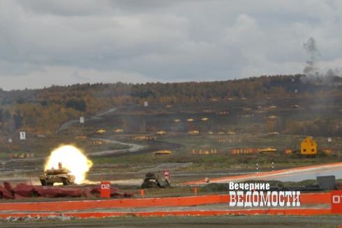 Выставку вооружений на Урале заменит грандиозное танковое шоу