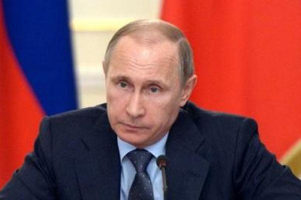 64% граждан России «за», чтобы Путин вновь был избран президентом