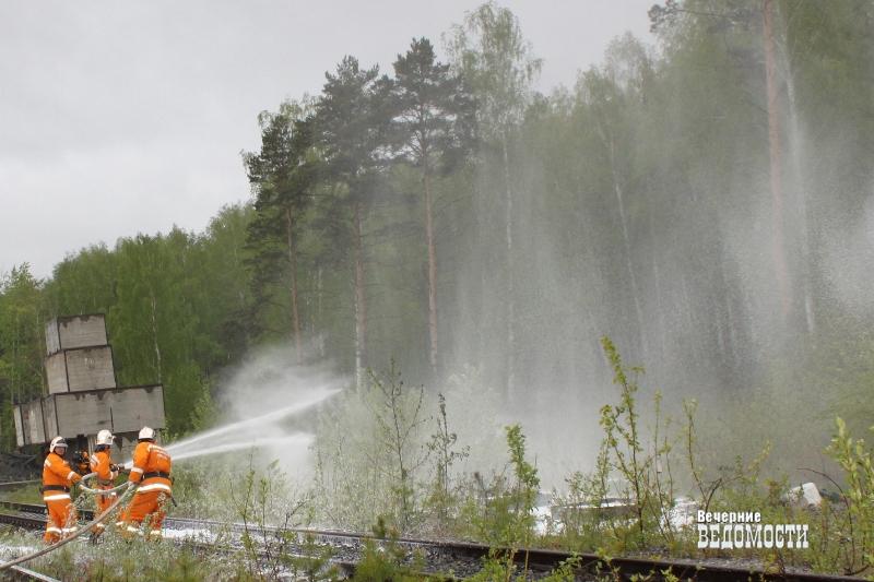 Пожары вынудили вернуть наУрал авиацию МЧС