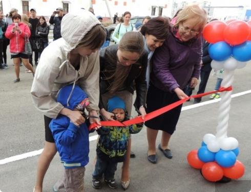 27 детей-сирот из Каменска-Уральского празднуют новоселье
