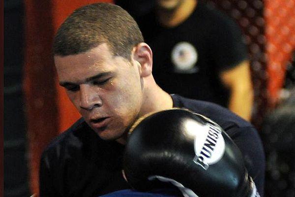 Американского солдата MMA убили в своем доме