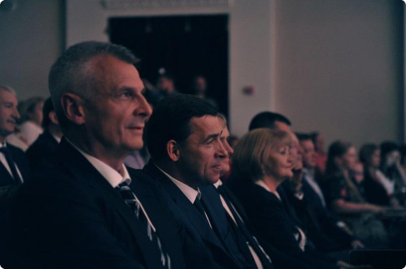 ВНижнем Тагиле будут судить сотрудницу банка, похитившую неменее 1 млн руб.