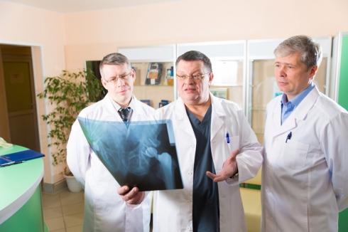 В Челябинске проводят уникальные операции всего за один день