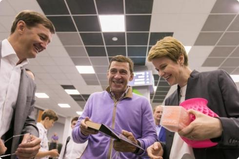 Евгений Куйвашев ознакомился с итоговыми проектами первой смены «Золотого сечения»