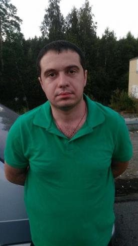 На ювелирный магазин в Екатеринбурге напали два пермяка