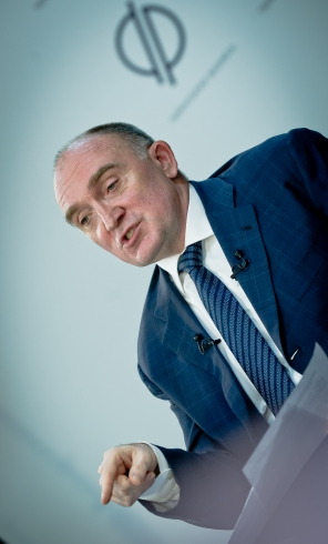 Борис Дубровский ответил на вопросы южноуральцев в режиме пресс-конференции