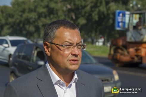В Екатеринбурге завершено 70 % работ по укладке асфальта