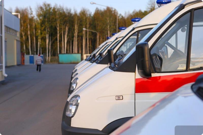 Куйвашев сказал 35 новых авто скорой помощи семнадцати больницам области