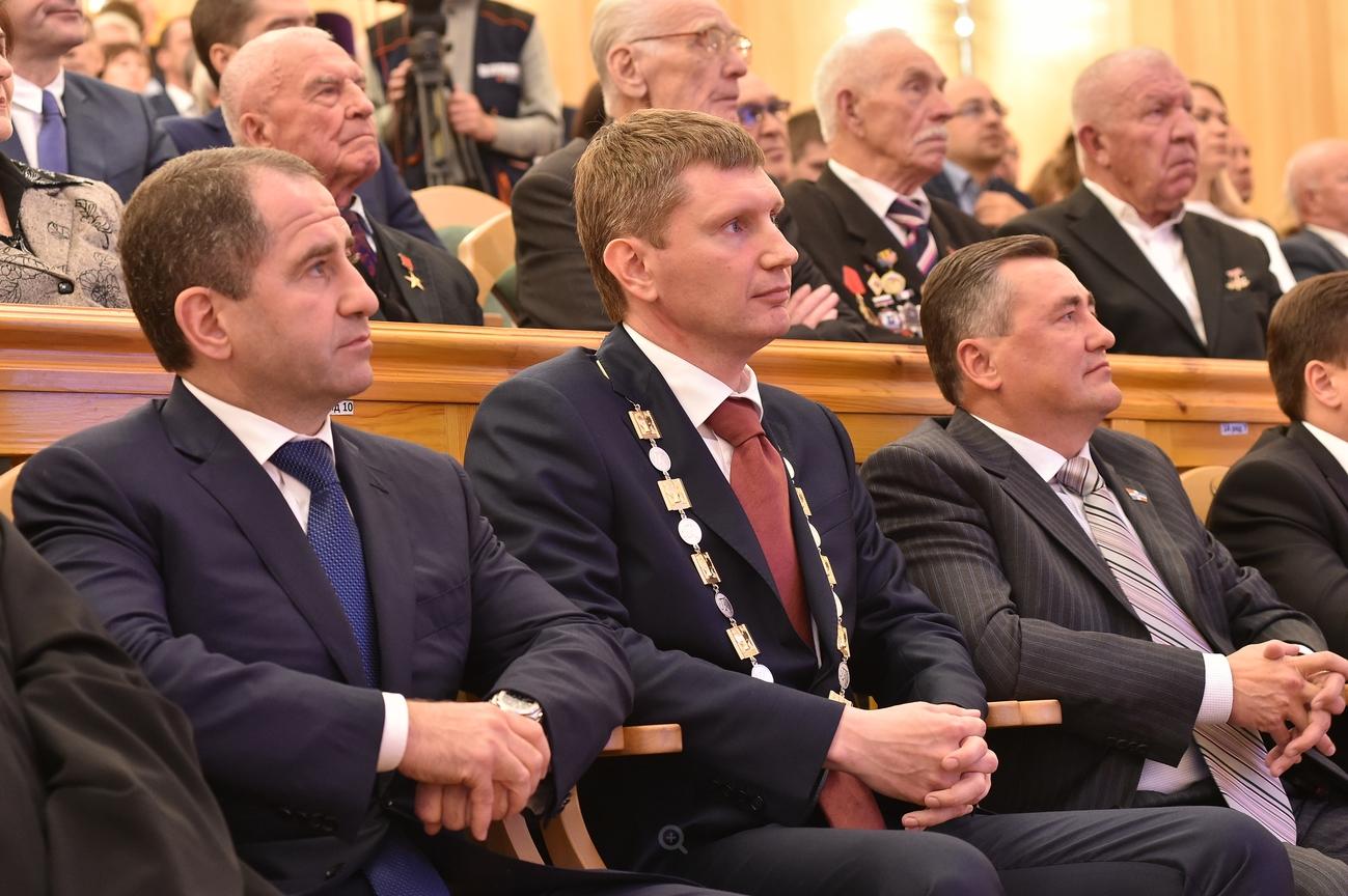 Пермский губернатор Максим Решетников отправил вотставку 2-х министров