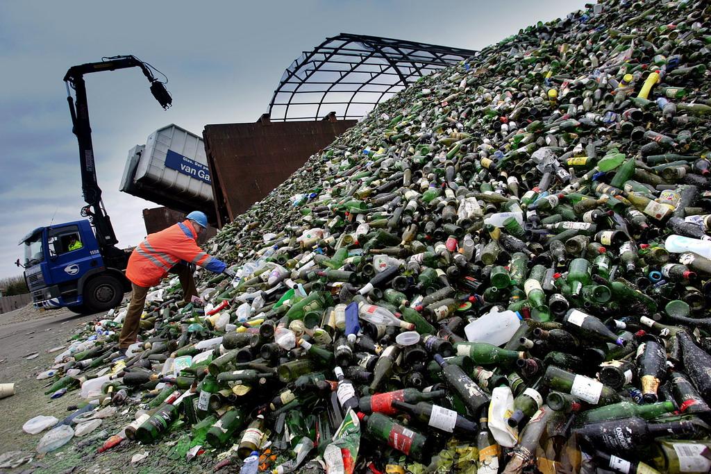 ВСвердловской области хотят наладить производство бутылок избитого стекла
