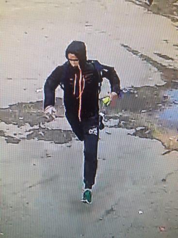 В Екатеринбурге трое неизвестных ограбили инкассаторскую машину
