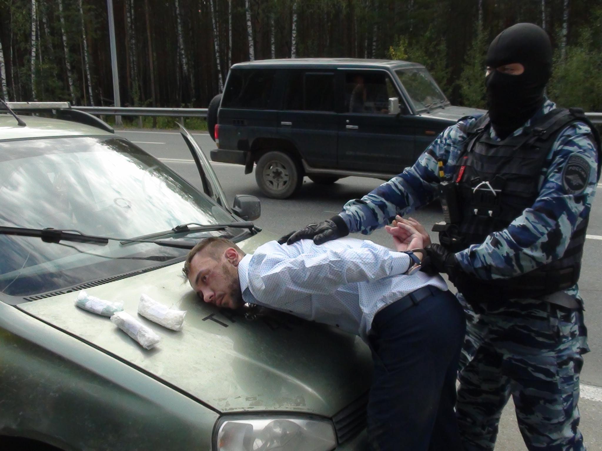 ВНижнем Тагиле задержали 2-х парней, подозреваемых в«оптовой» наркоторговле