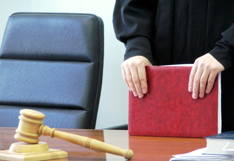 НаУрале начался суд поделу хозяев собак, загрызших ребенка