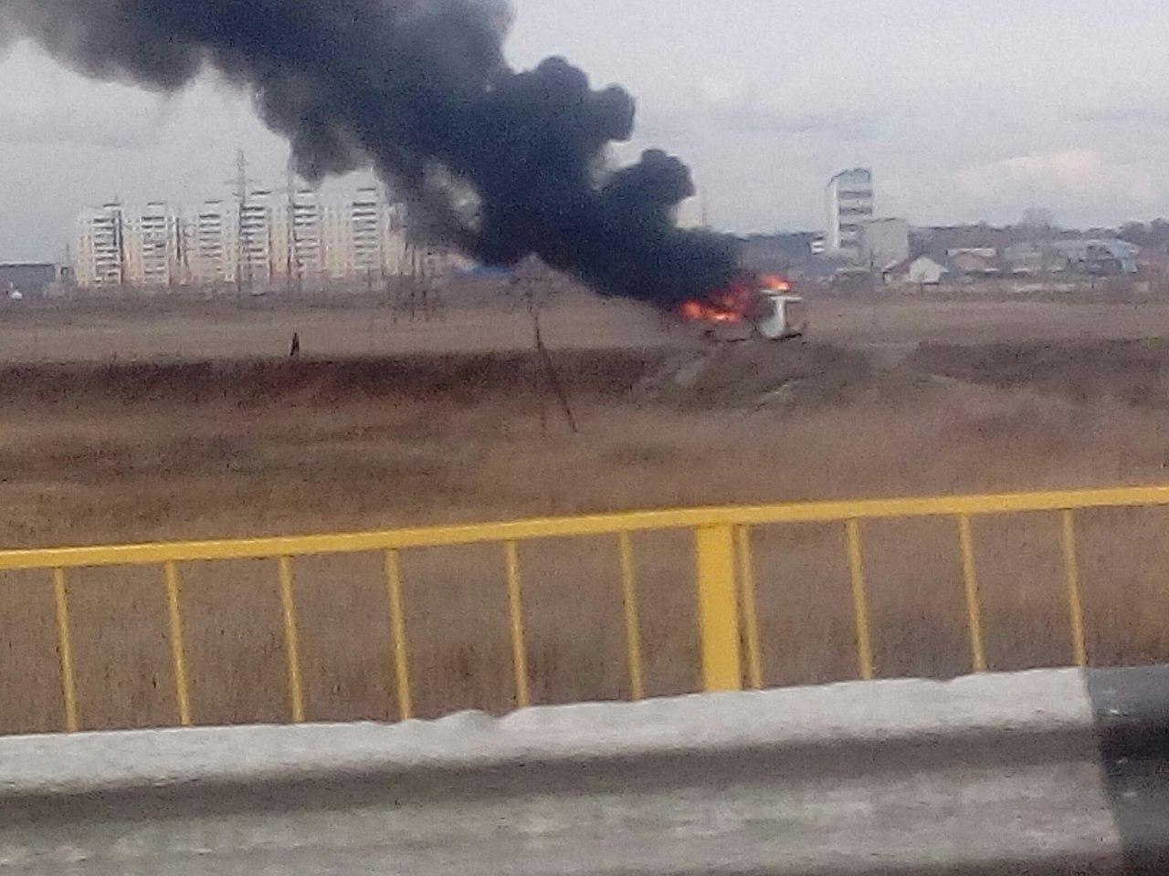 ВКургане неподалеку отГИБДД вспыхнул автобус