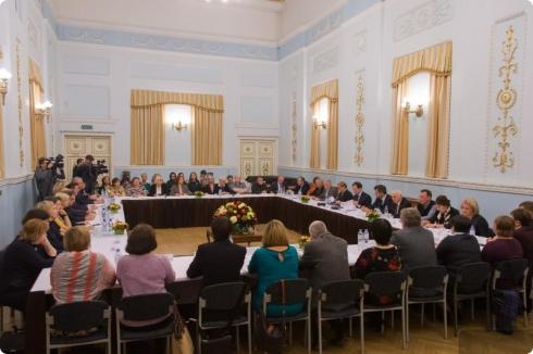 Мединский считает, что Свердловскую киностудию нужно отдать региону