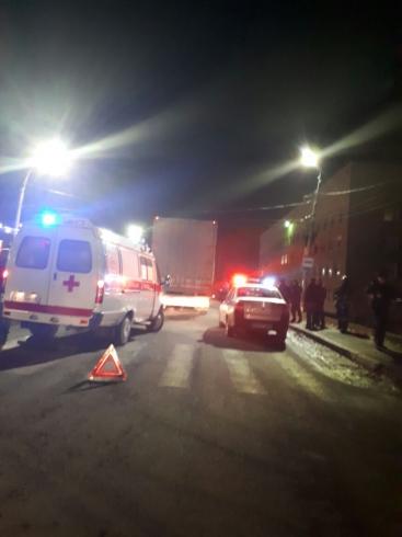 В Серове две женщины погибли под колесами фуры