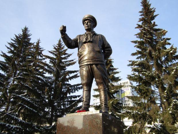 Герою СССР Василию Маргелову установят монумент вЕкатеринбурге