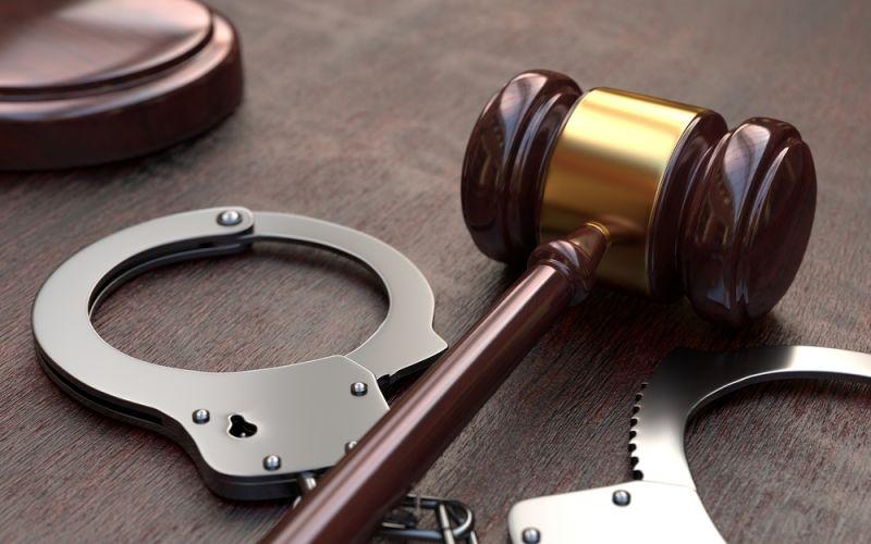 ВЕкатеринбурге отправили зарешетку представителя, укоторого отыскали 30 килограмм наркотиков