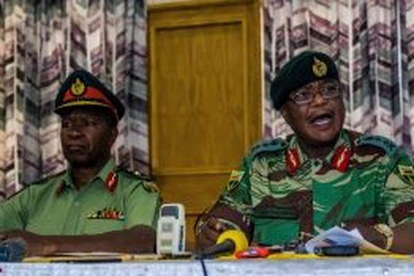 Военные Зимбабве арестовали Минфина  страны