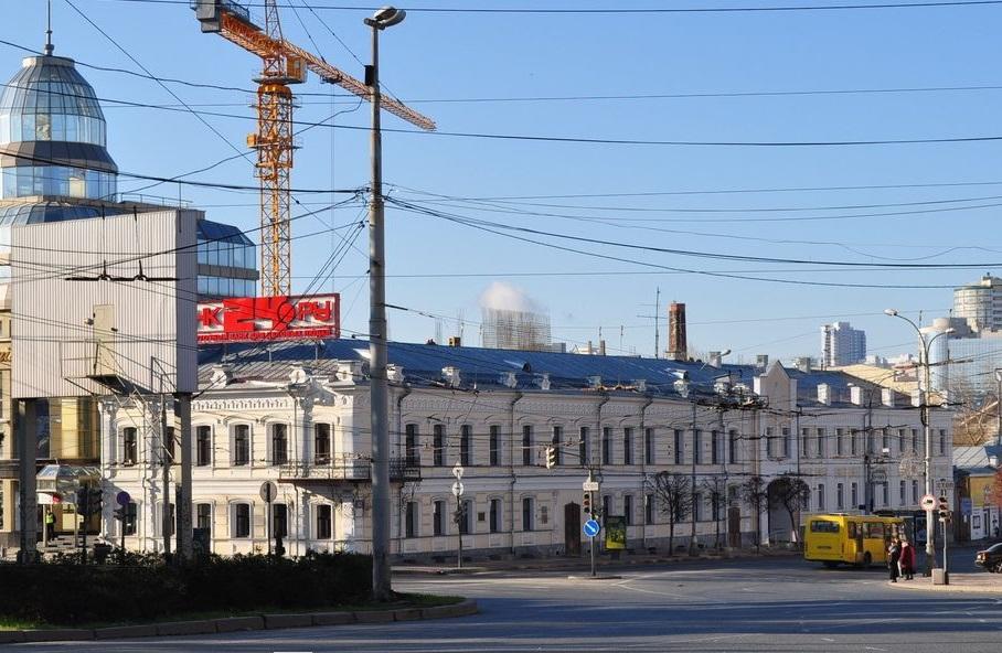 ВЕкатеринбурге за2 млн руб. отреставрируют «Американскую гостиницу»