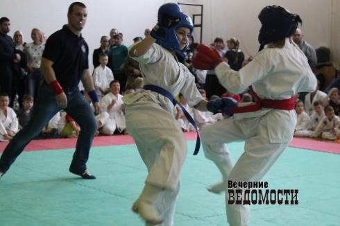 В Свердловской области прошло открытое первенство по рукопашному бою