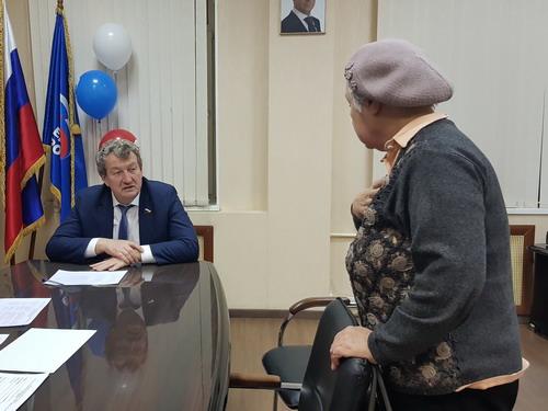 Анатолий Литовченко провел прием по личным вопросам