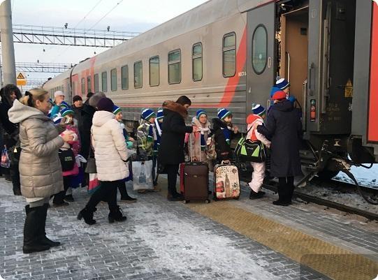 148 свердловских школьников отправились на кремлевскую елку