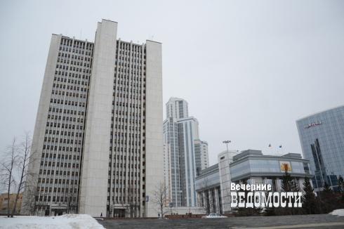 Полковник из Камышлова вызовет в суд свердловского губернатора