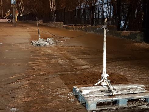 Екатеринбургские благоустроители сэкономили на ограждении в центре города